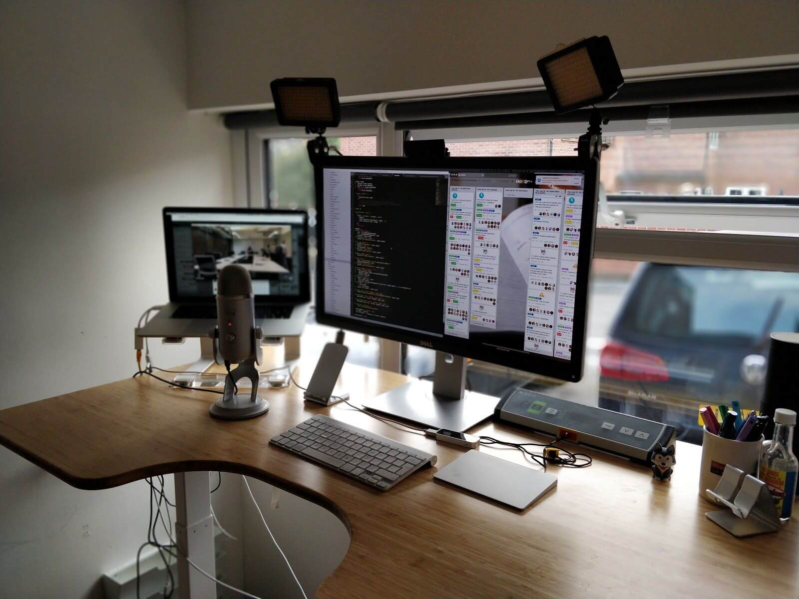 Remote Office Tours A Look Into 10 Home Setups Of Remote Workers
